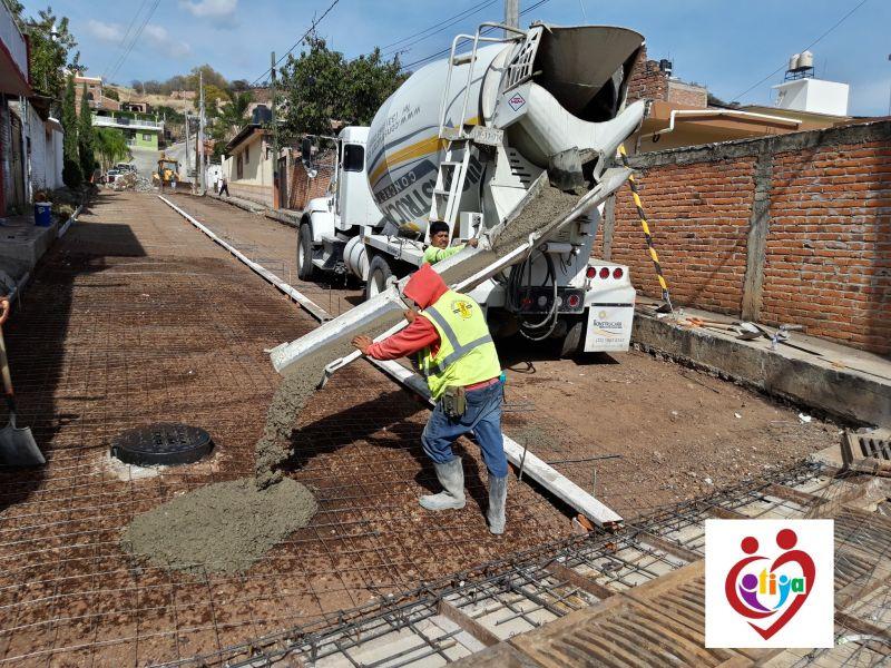 El AYUNTAMIENTO DE COTIJA CONSTRUYE LA CALLE BELISARIO DOMÍNGUEZ